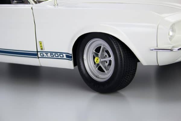 Shelby Mustang Goodyear tire