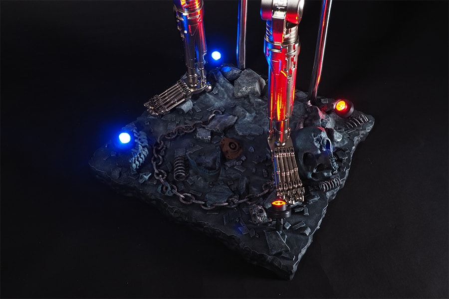 Terminator model stand