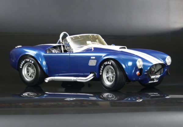Shelby Cobra 1/8 scale model