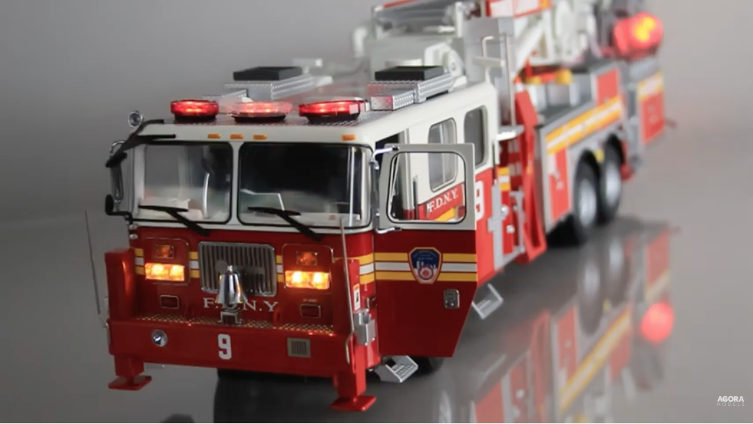 Ladder 9 1:24 scale model - flashing lights and sounds