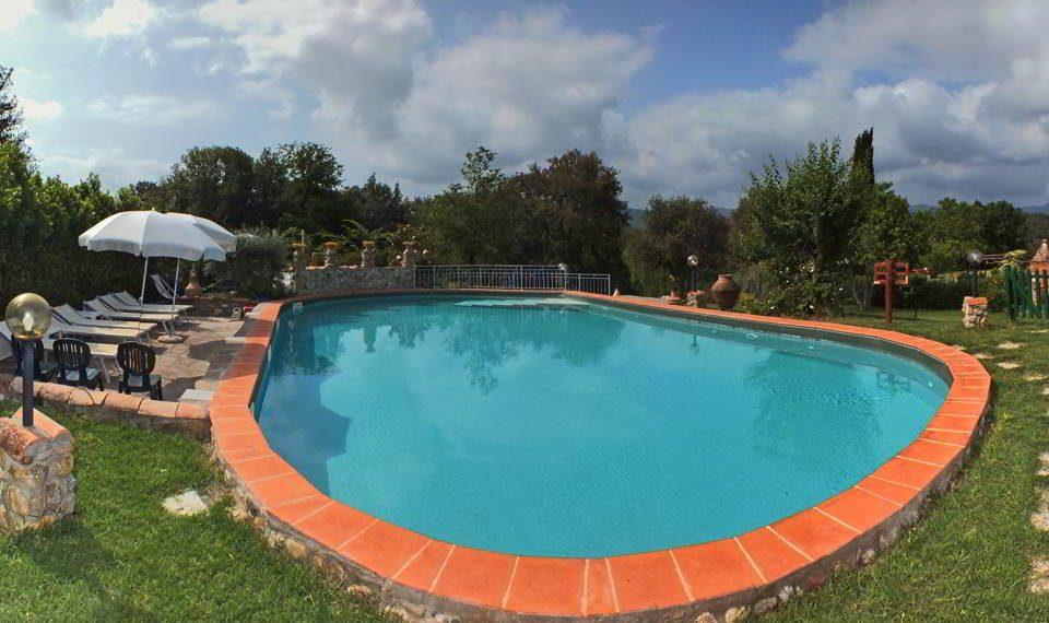 Schwimmbad für Gäste reserviert