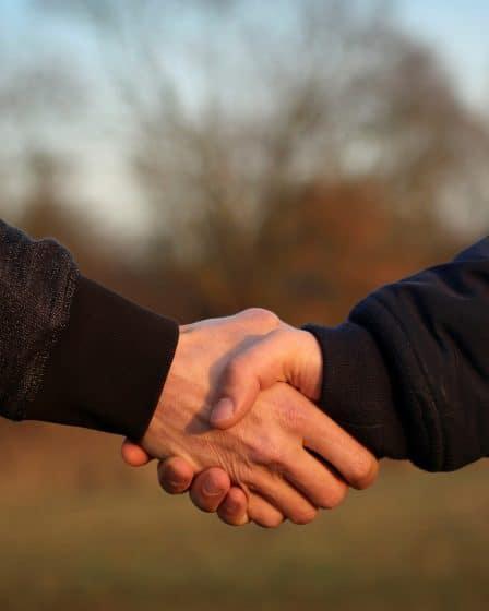 handshake 4002834 1920