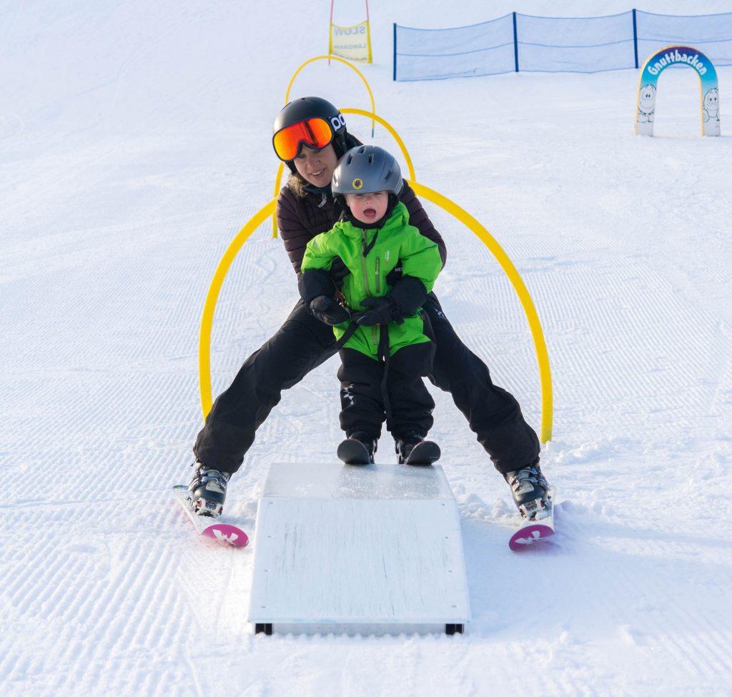 Lära barn att åka slalom