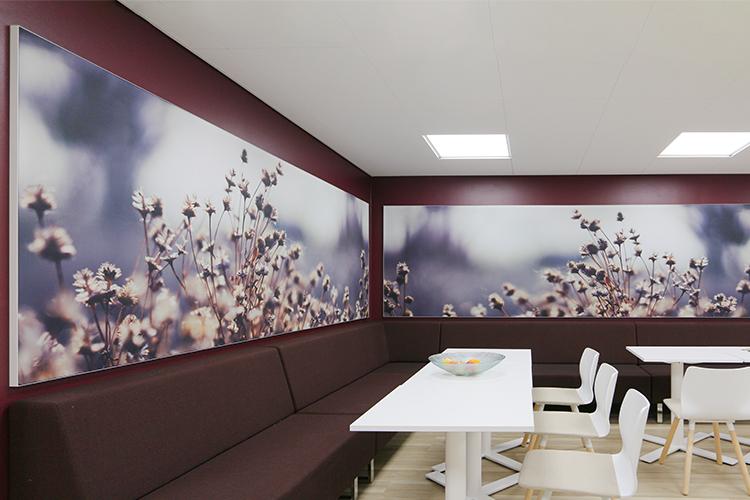 AKUprintti - Caverion Oulu - akustiikka seinä valokuva