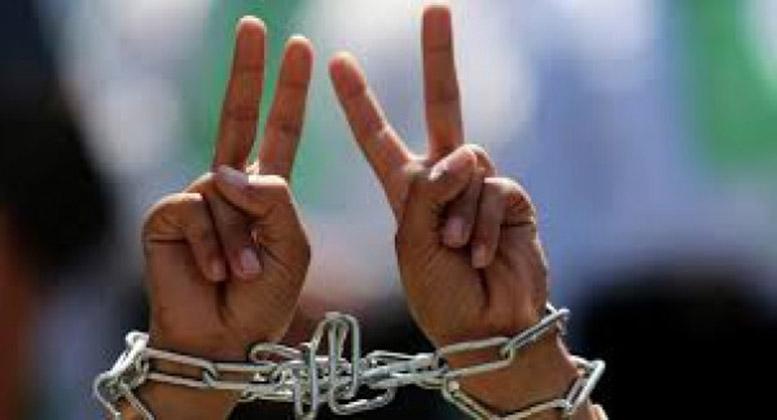 مختص بشؤون الأسرى الهدوء في عوفر مرتبط بسلوك إدارة المعتقل