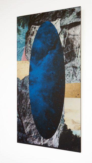 Galactic Ripple II, Alexandra Crouwers, inkjetprint on 200 grams drawing paper, gold ink, blue ink, 31 x 62 cm, 2017