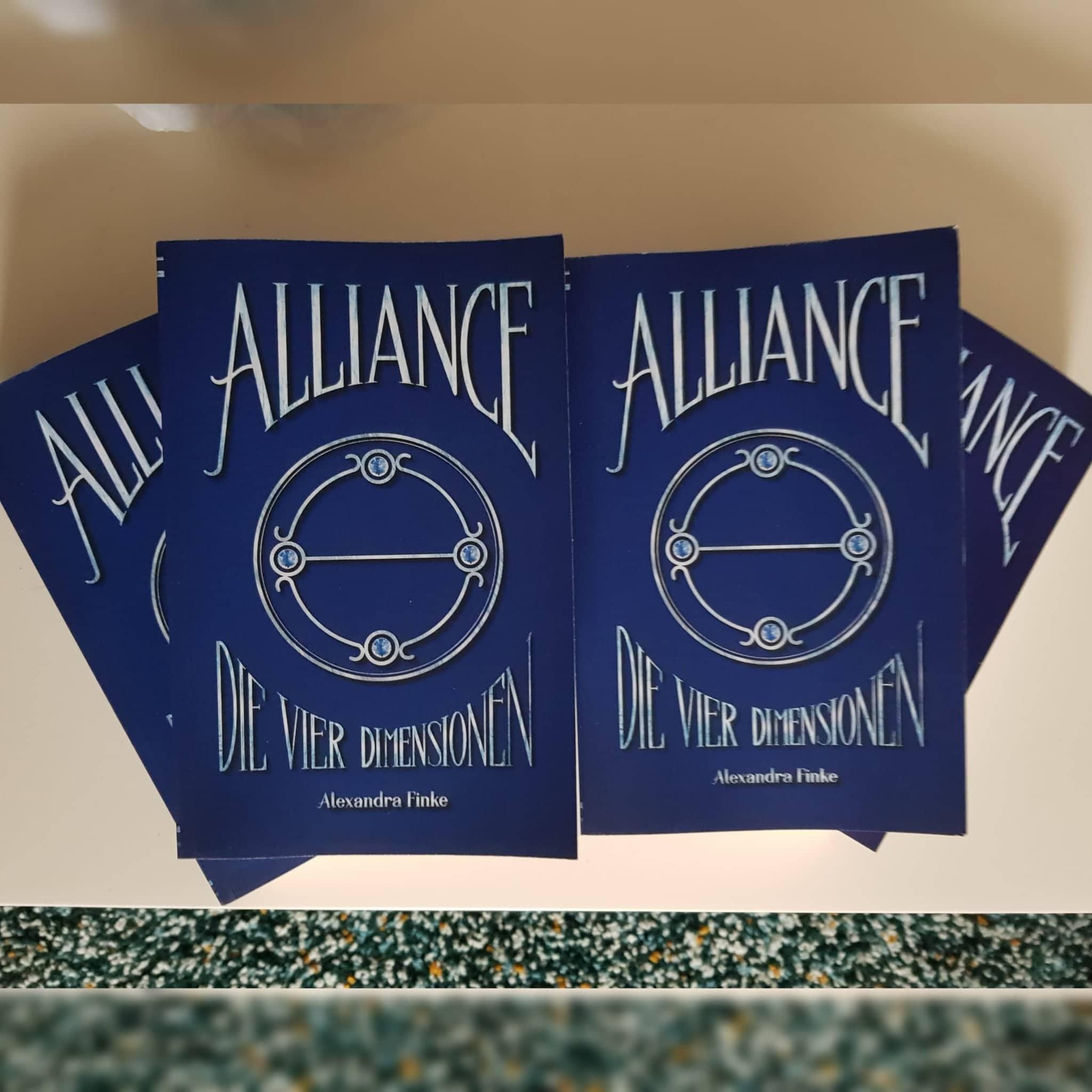 """Vier Exemplare von """"Alliance: Die vier Dimensionen"""""""