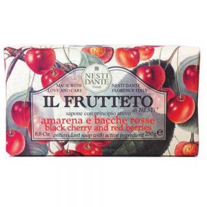 250g Fine Natural soap Black cherry & red Berries
