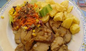 Seitan with potatoes and salad