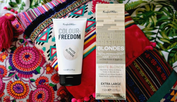 How to Use a Toner for White Blonde Hair