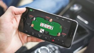 How to Play Online Poker Games While Travelling