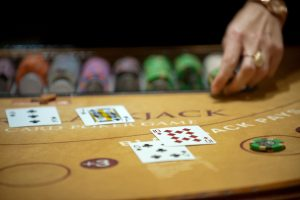 Top 4 Online Poker Tips For Winning at Online Casinos
