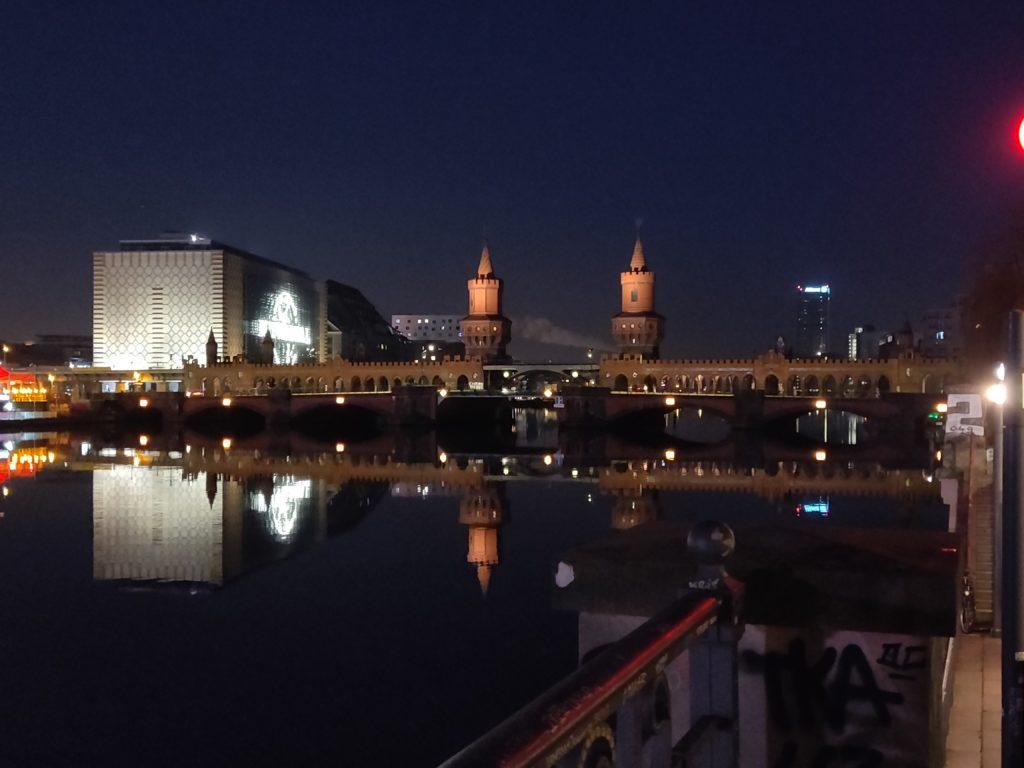 Spree med Elsenbrücke i baggrunden - 1. januar 2020 (C) allesgut.berlin