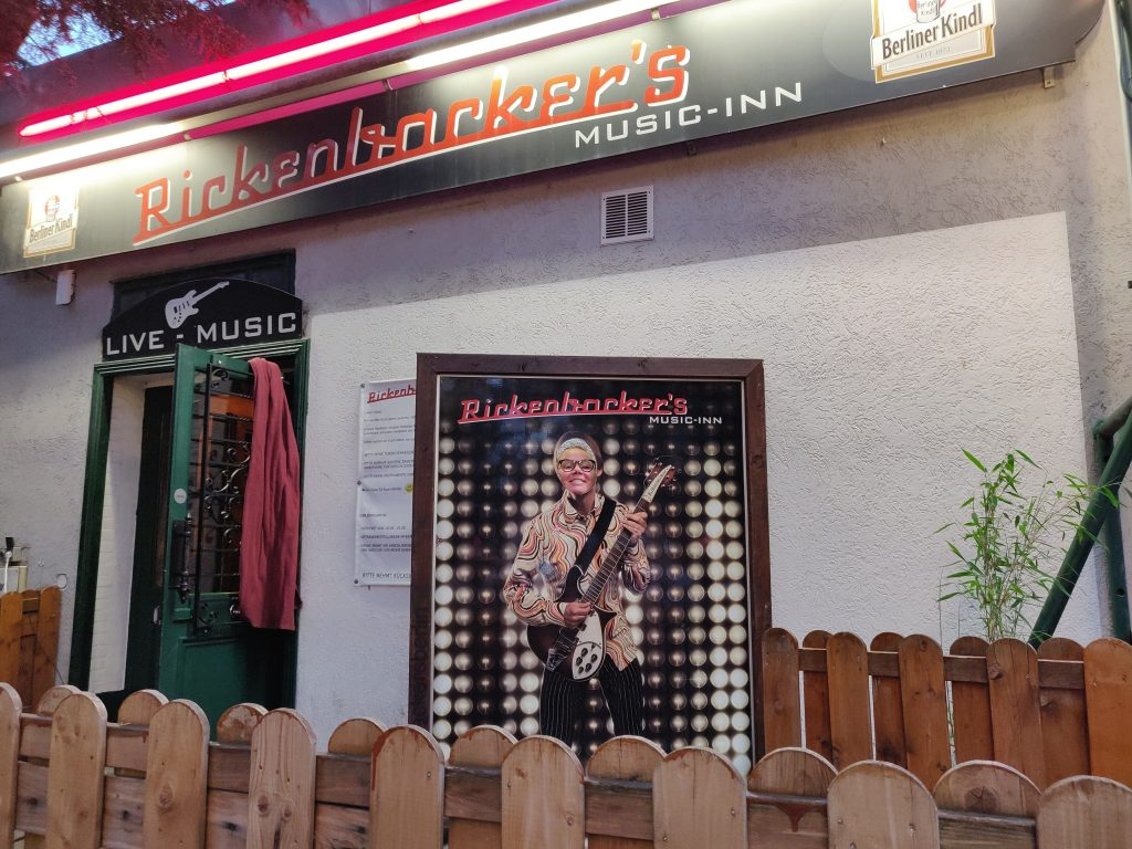 Rickenbackers Music-Inn (C) allesgut.berlin