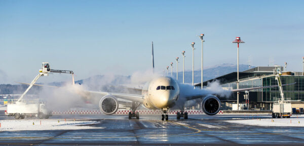 Aircraft Deicing 2.0: Mastering the Challenges of COVID-19