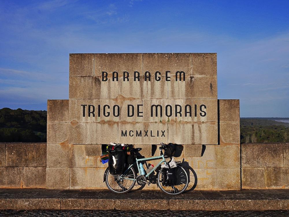 Bicycle at barragem72