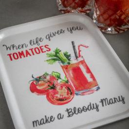 Bricka Bloody Mary 27×30 cm, vit