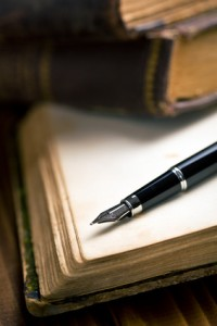 fountain pen on notepad for writing your own cards