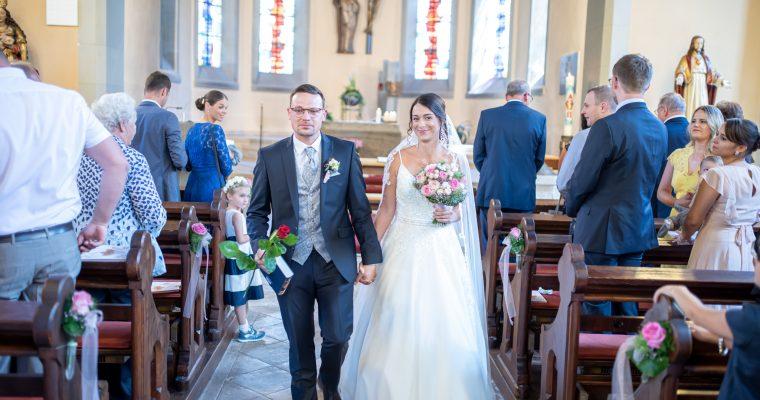 Nadine und Alex | Hochzeit im Juni