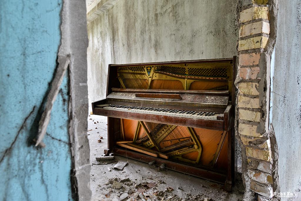 Chernobyl, Piano