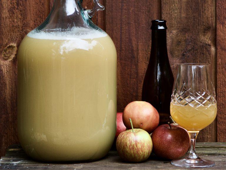 Æblecider klar til at drikke