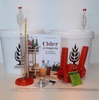 Cider byggesæt sammen med bogen Cider & frugtvin