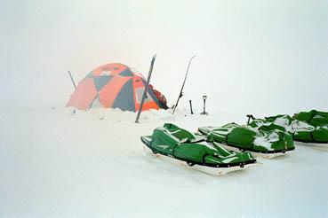 tent.seldge.snow.19.17
