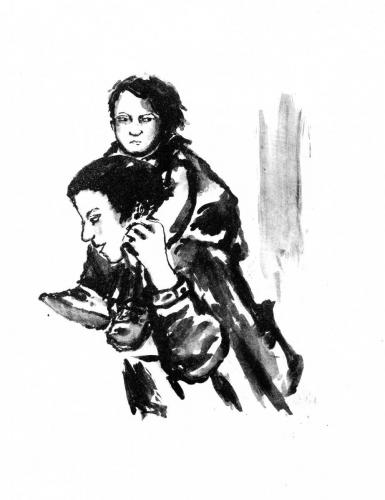 Passants - femme et son enfant sur le dos
