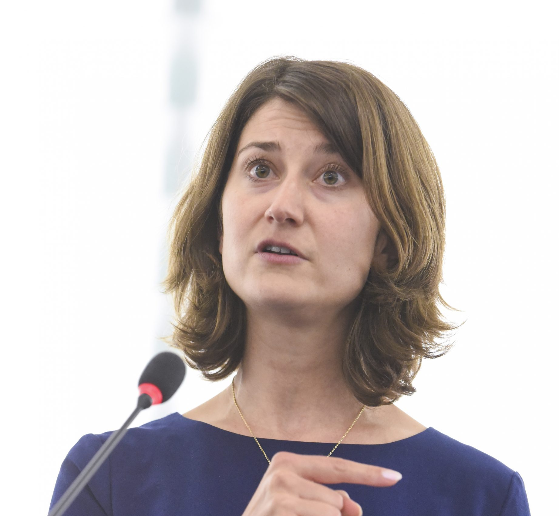 Lara WOLTERS