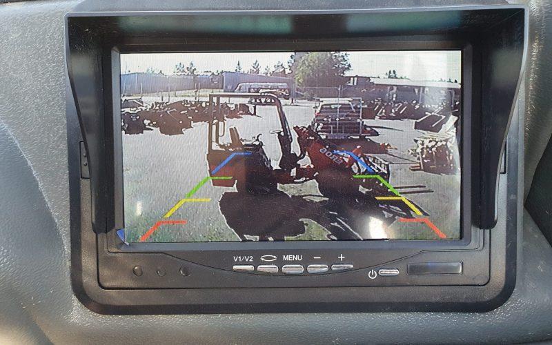 ER16T-reverse-camera-scaled-1
