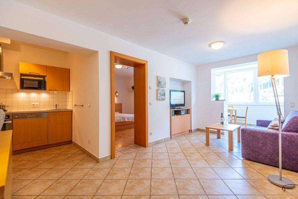 aparthotel-schillerhof-room-sh2-3