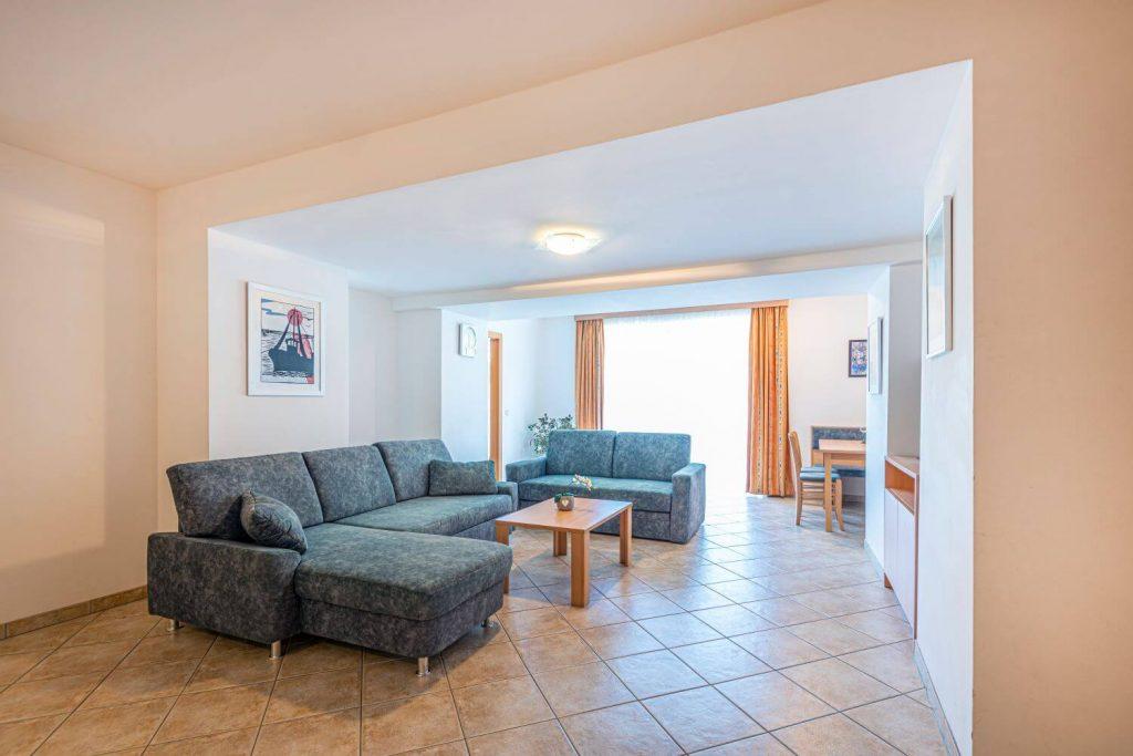 aparthotel-schillerhof-room-sh2-1