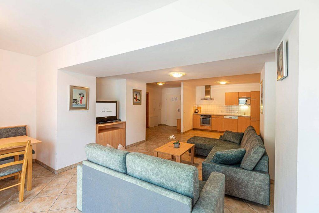 aparthotel-schillerhof-room-sh3-6
