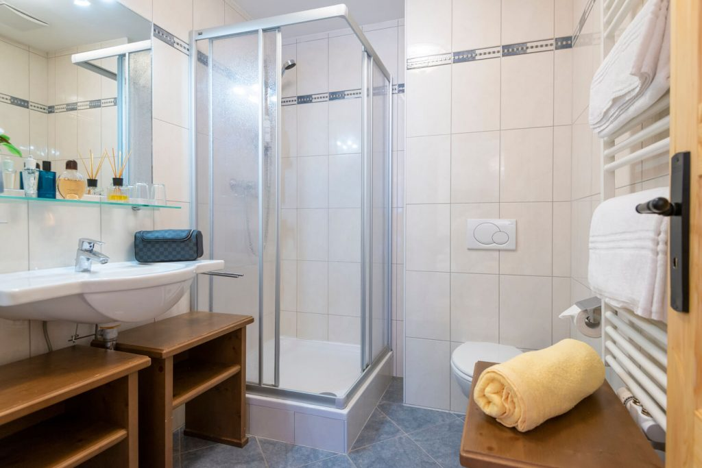 aparthotel-schillerhof-room-sh3d-8