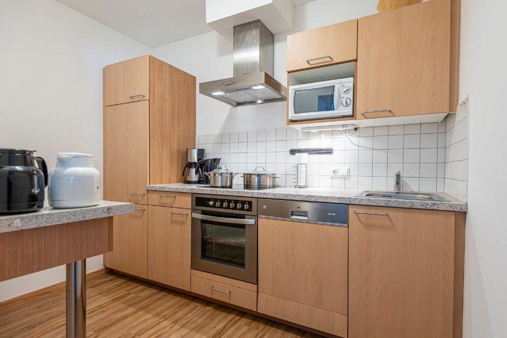 aparthotel-schillerhof-room-sh3c+-8