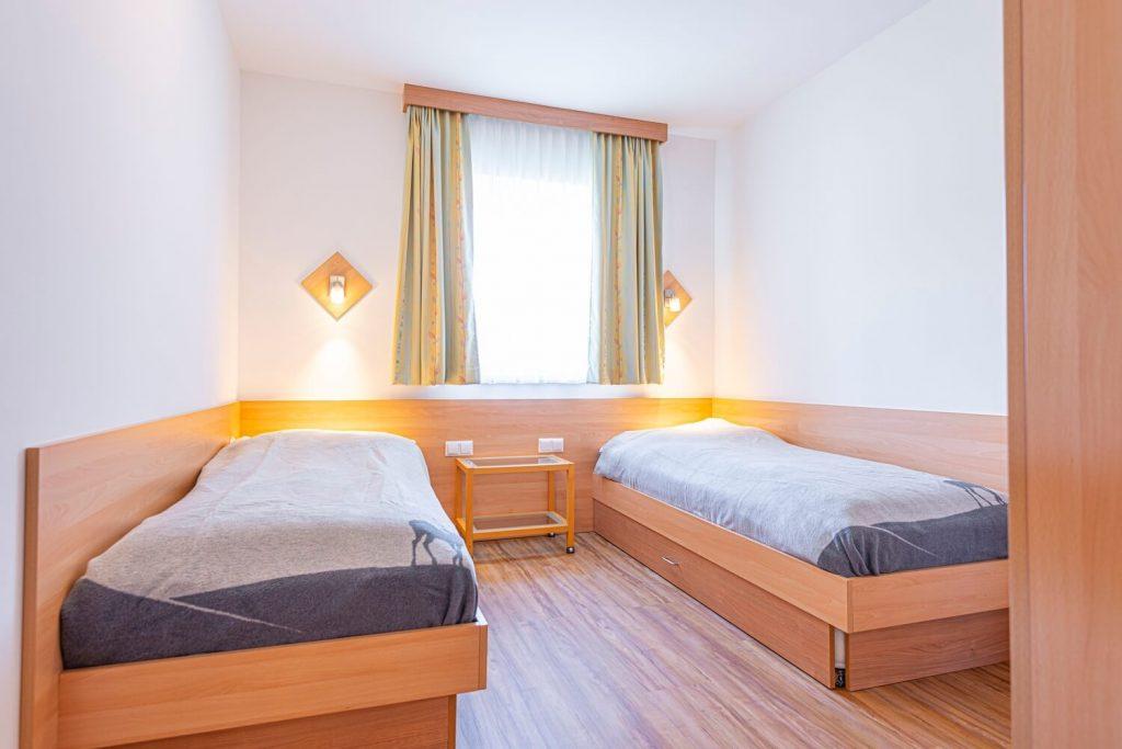 aparthotel-schillerhof-room-sh3ct-10