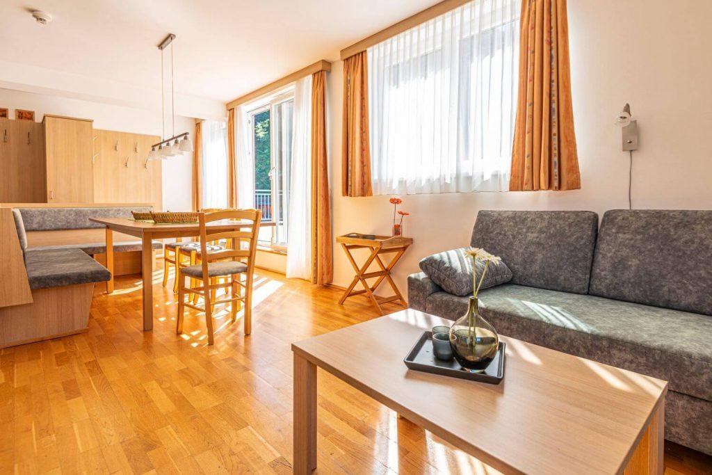 aparthotel-schillerhof-room-sh3ps-2