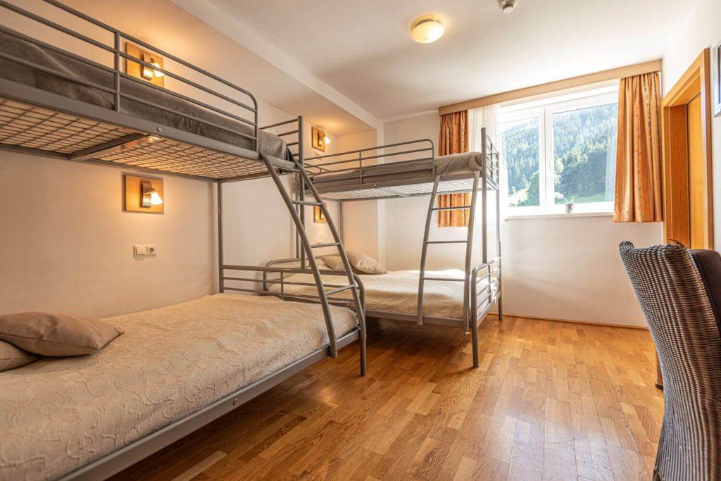 aparthotel-schillerhof-room-sh3ps-9