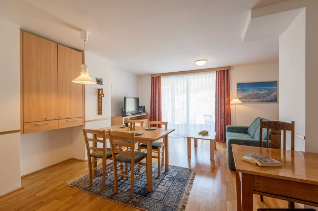 aparthotel-schillerhof-room-sh1-4