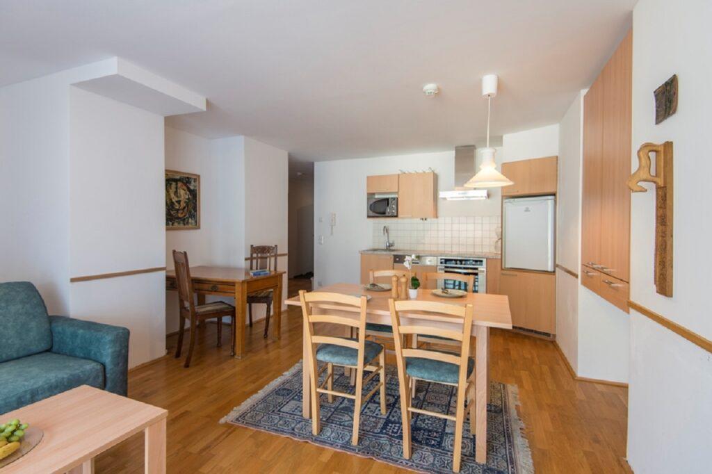 aparthotel-schillerhof-room-sh1-5