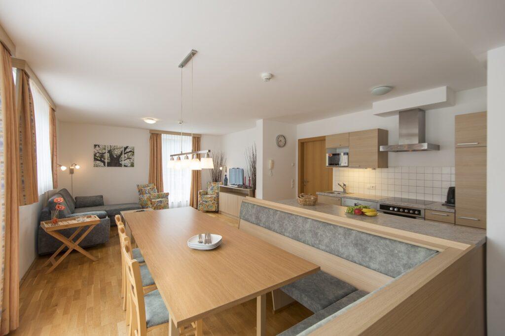aparthotel-schillerhof-room-sh1-1