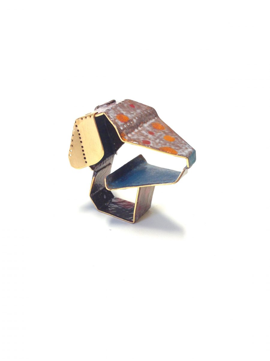 Tabea Reulecke | Quiltro | Ring | 2016 | Copper, enamel, gold platted