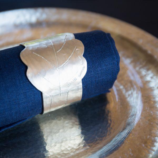 Napkinring pewter tabletop plate