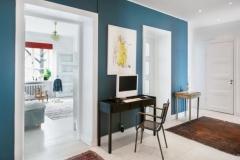 Salas en tonos blancos y un azul agradable