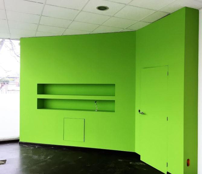 Pintores: Mural verde manzana