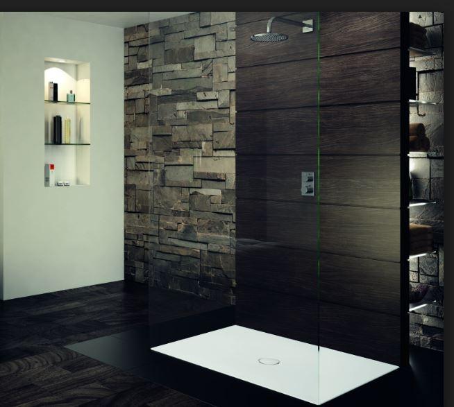 Plato ducha oscuro con baldas de luz