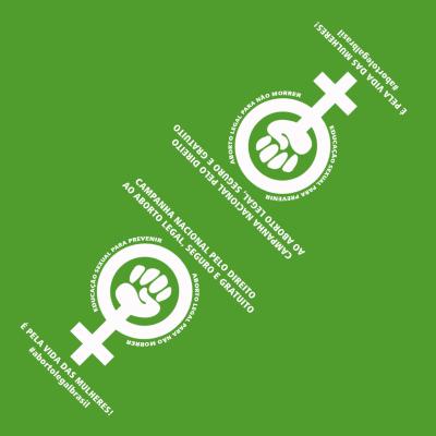Adesivo triangular verde pela legalização do aborto