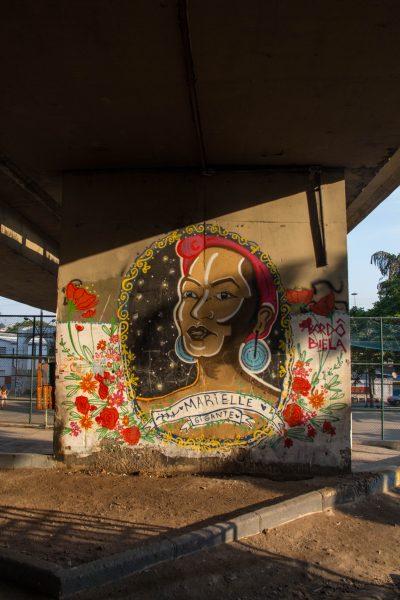 """""""Giant Marielle"""" graffiti"""