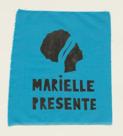 """Bandeira """"Marielle presente"""""""
