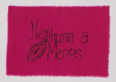 """Bandeira """"Nemhuma a Menos"""""""